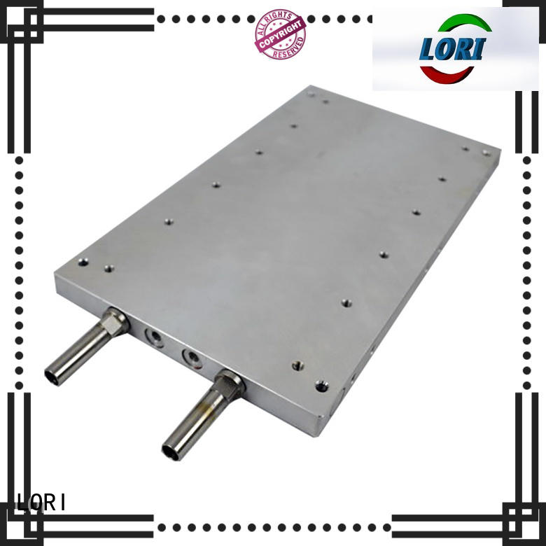 Vacuum brazing liquid cooling plate